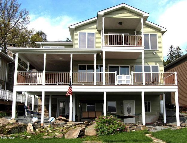 127 Shore Rd, Tafton, PA 18464