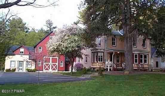 207 Harford St, Milford, PA 18337