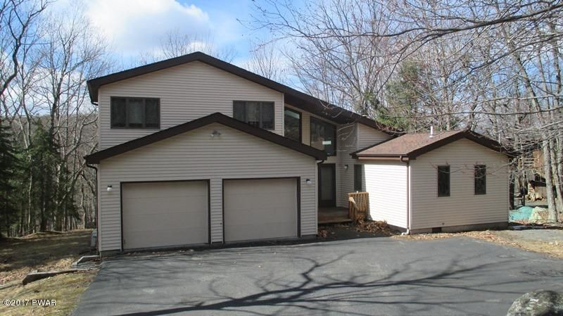 130 Roan Drive Dr, Lords Valley, PA 18428