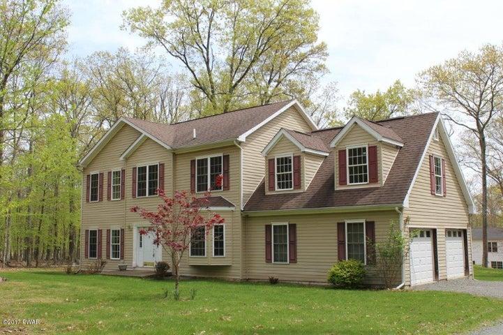 129 Oak Hill Rd, Hawley, PA 18428