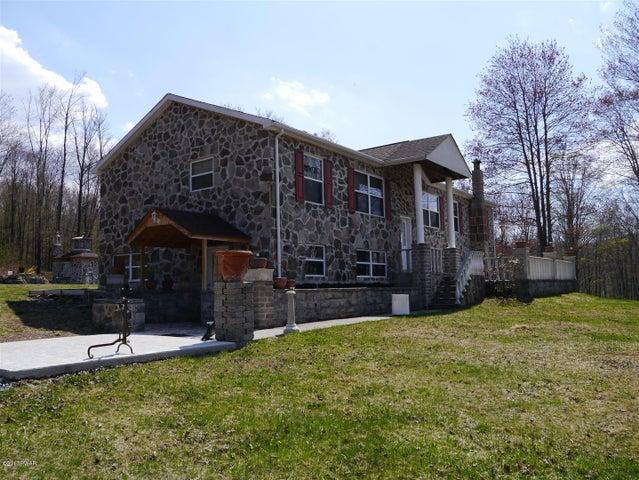 50 Ann Mitchell Rd, Equinunk, PA 18417