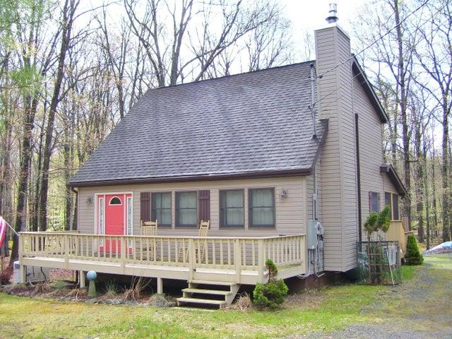 256 Forest Ridge Dr, Hawley, PA 18428