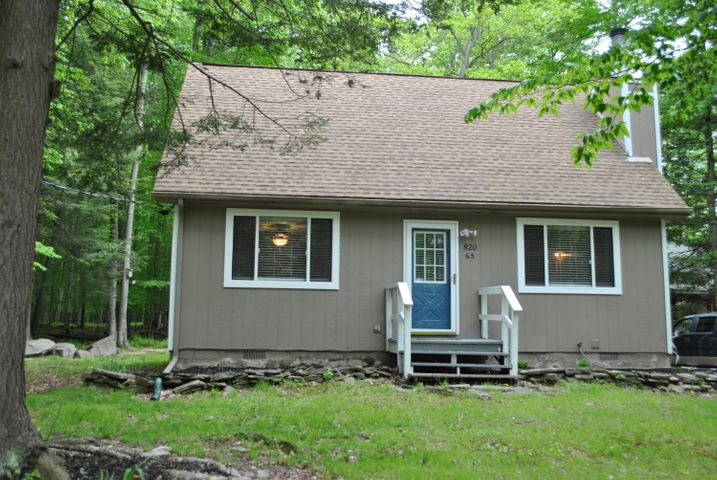 65 Pine Creek Rd, Hawley, PA 18428