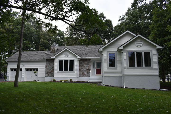 204 Lincoln Drive, Lords Valley, PA 18428
