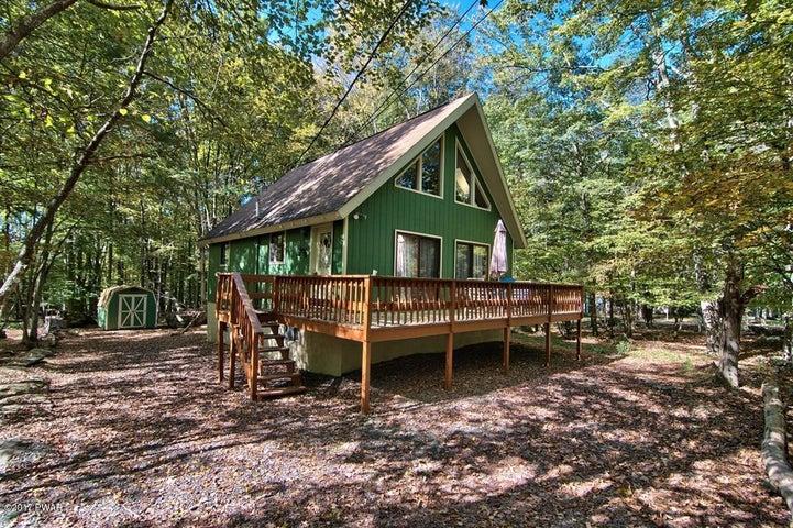 1393 Woodview Ter, Lake Ariel, PA 18436