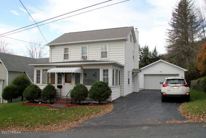 115 Young St, Honesdale, PA 18431