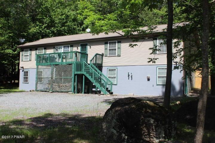 1412 Woodview Ter, Lake Ariel, PA 18436