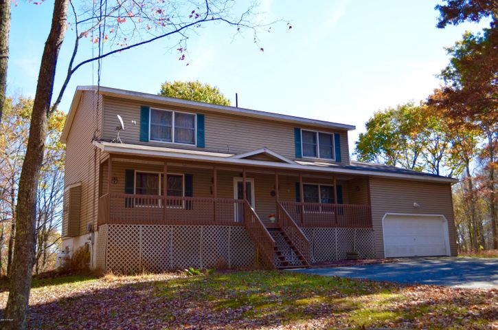125 Overlook Dr, Milford, PA 18337
