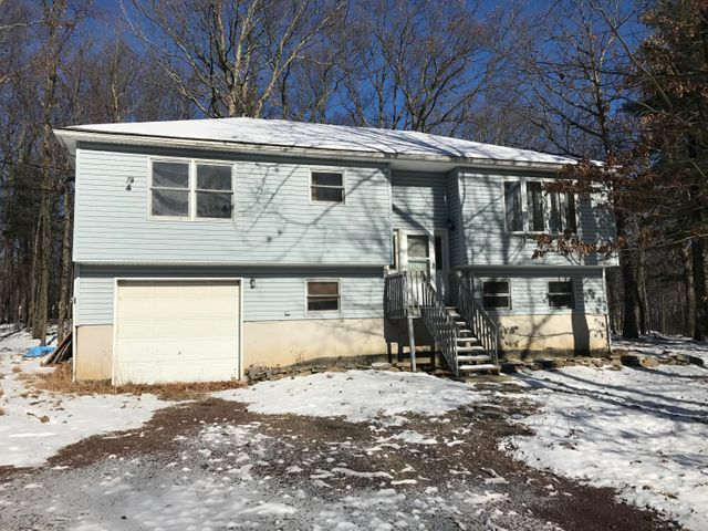 155 Van Auken Hill Rd, Milford, PA 18337