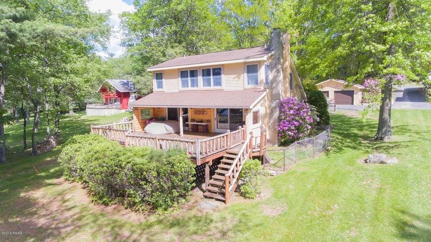 109 Cottage Lake Dr, Greentown, PA 18426