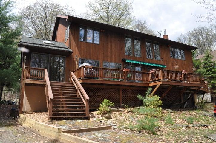 1196 Salem Park Ln, Lake Ariel, PA 18436