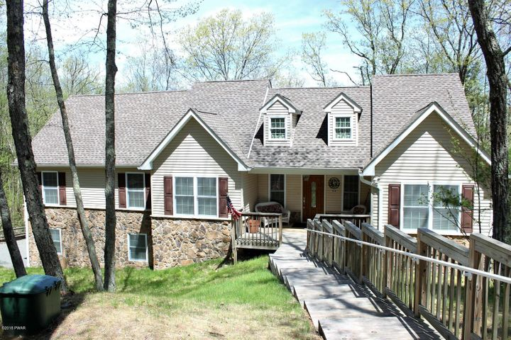 138 Paper Birch, Tafton, PA 18464