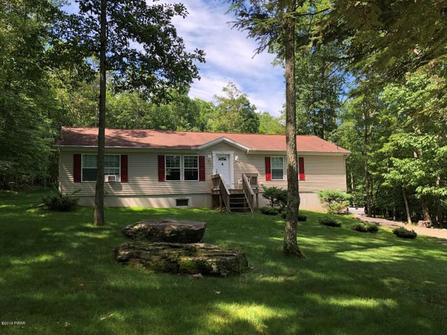 105 Sugar Loaf Ln, Tafton, PA 18464