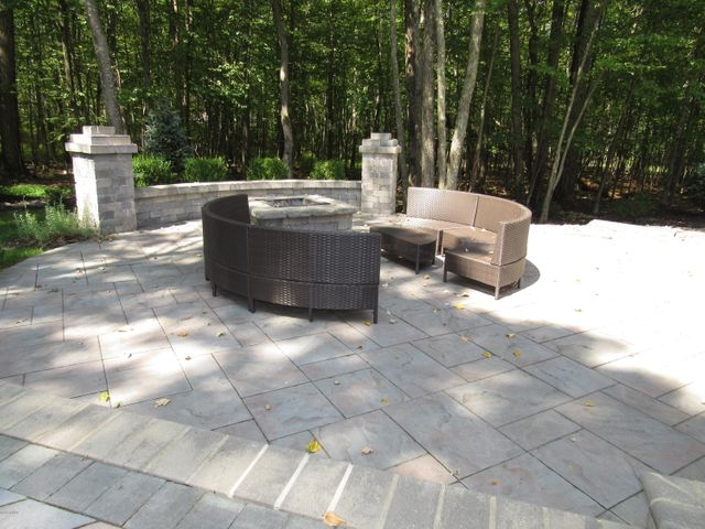 Outdoor Living at it finest!!!!
