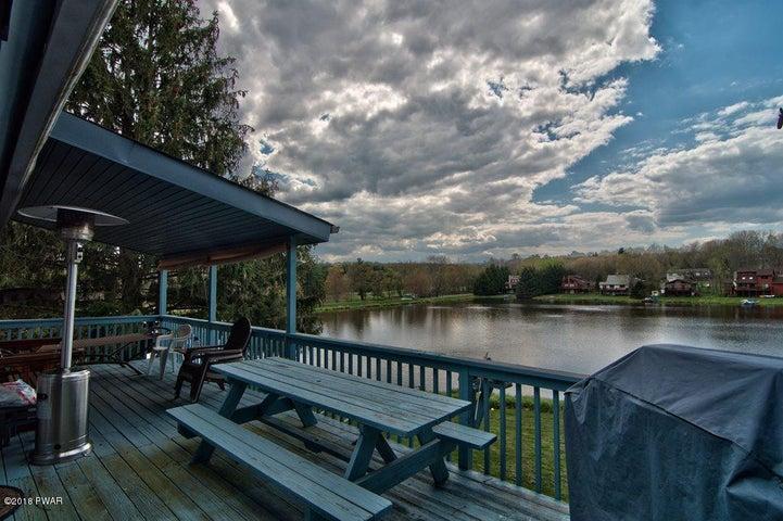 2327 Brookfield Rd, Lake Ariel, PA 18436