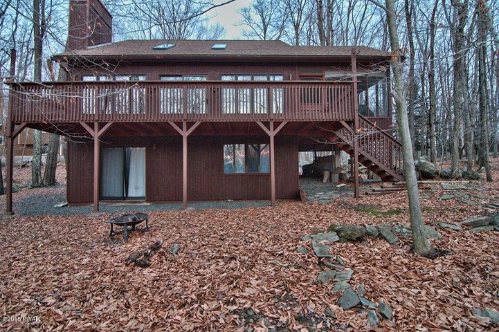 2971 Wedge Rd, Lake Ariel, PA 18436