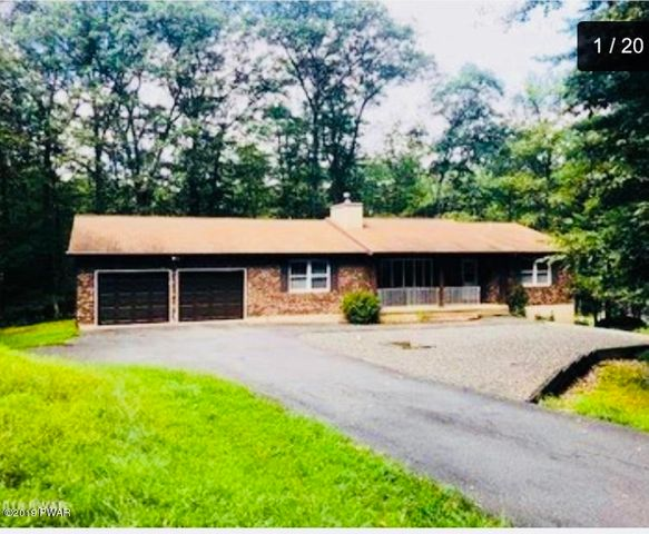 132 Mulberry Dr, Milford, PA 18337