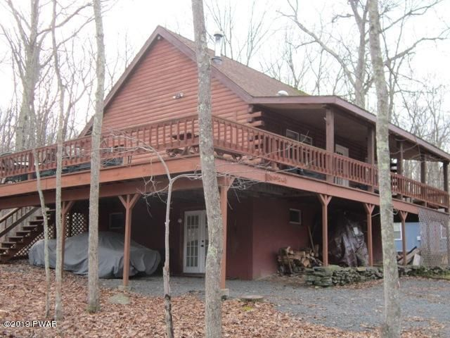 180 Robin Way, Lackawaxen, PA 18435