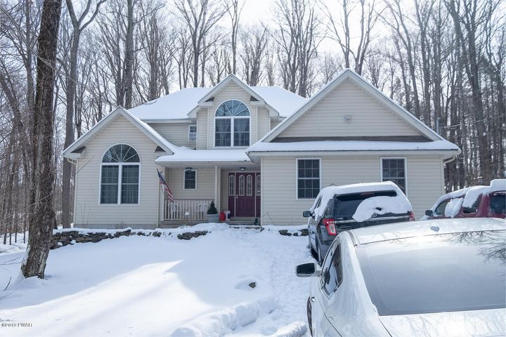 3802 Thornwood Ter, Lake Ariel, PA 18436