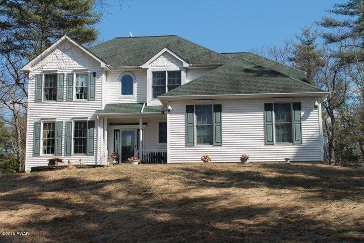 118 White Pine Ct, Milford, PA 18337