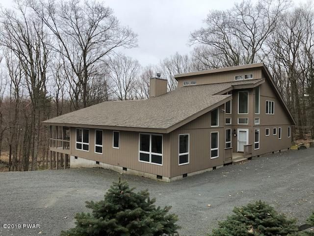 113 Washington Dr, Lords Valley, PA 18428