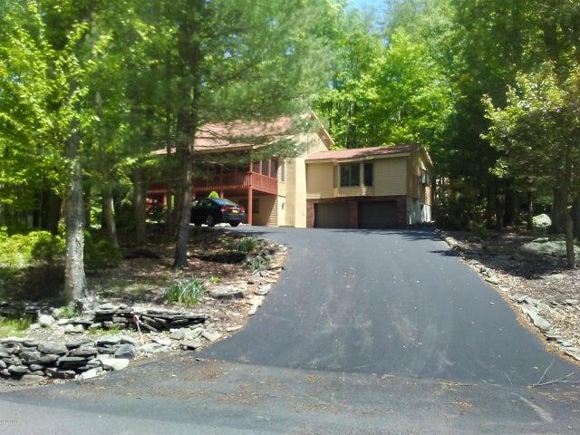 237 Ridgewood Cir, Lake Ariel, PA 18436
