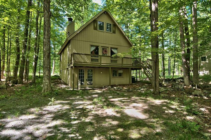 4247 Chestnuthill Dr, Lake Ariel, PA 18436