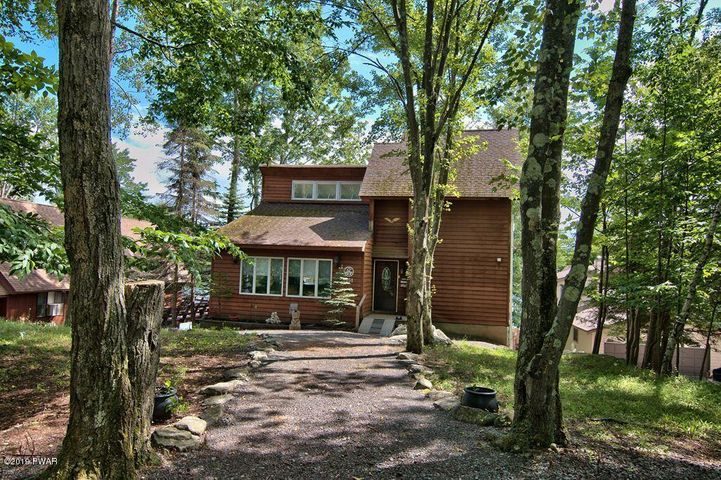2151 Lakeview Drive East, Lake Ariel, PA 18436