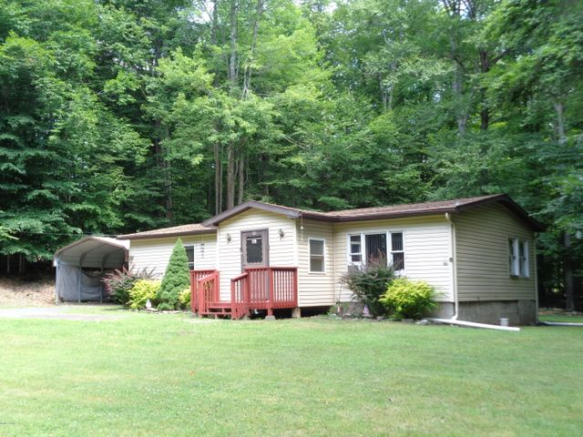 49 Sunrise Trl, Hawley, PA 18428