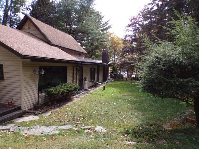 102 Westbrook Ridge Ave, Tafton, PA 18464