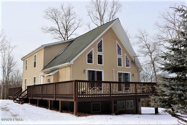 142 Laurel Rd, Lackawaxen, PA 18435