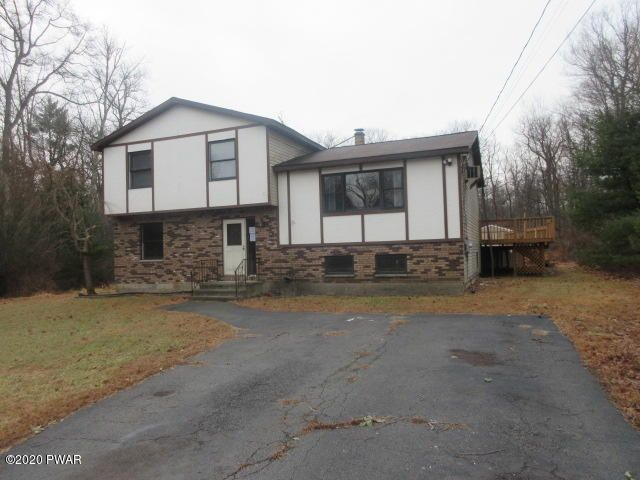 212 Mountain Top Dr, Dingmans Ferry, PA 18328