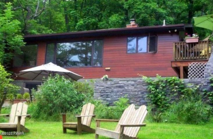 1130 Salem Park Ln, Lake Ariel, PA 18436
