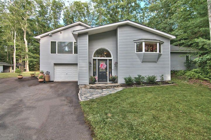 118 Fairview Rd, Tafton, PA 18464