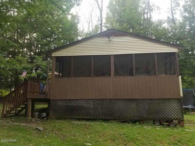 326 Cedarwood Ter, Lake Ariel, PA 18436