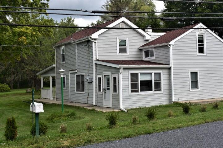 566 Main St, Tobyhanna, PA 18466