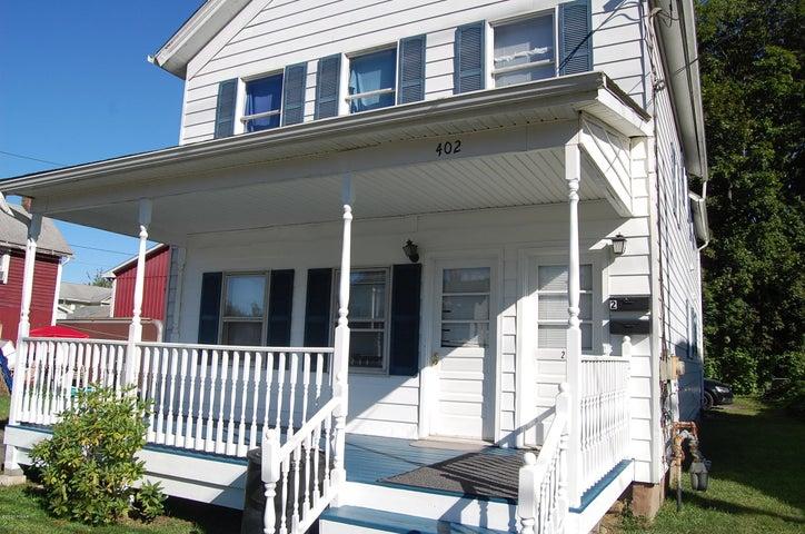 402 Pennsylvania Ave, Matamoras, PA 18336