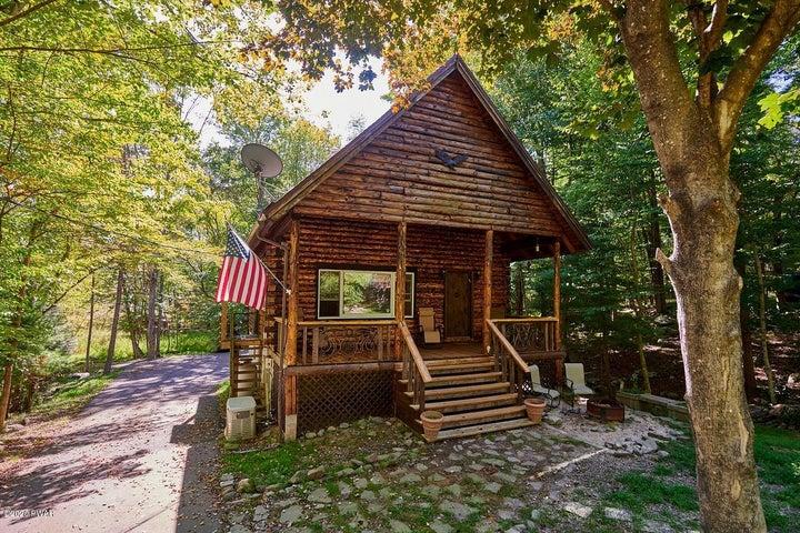 1250 Woodview Ter, Lake Ariel, PA 18436