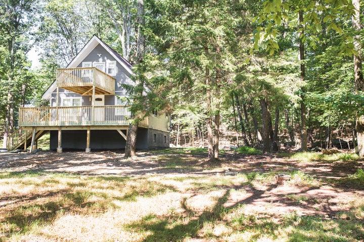372 Wild Acres Dr, Dingmans Ferry, PA 18328