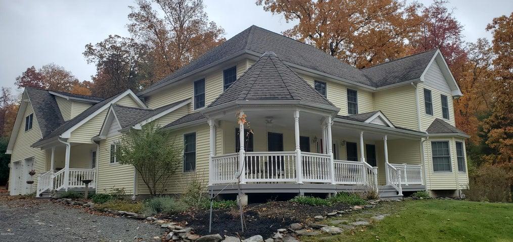 800 Raymondskill Rd, Milford, PA 18337