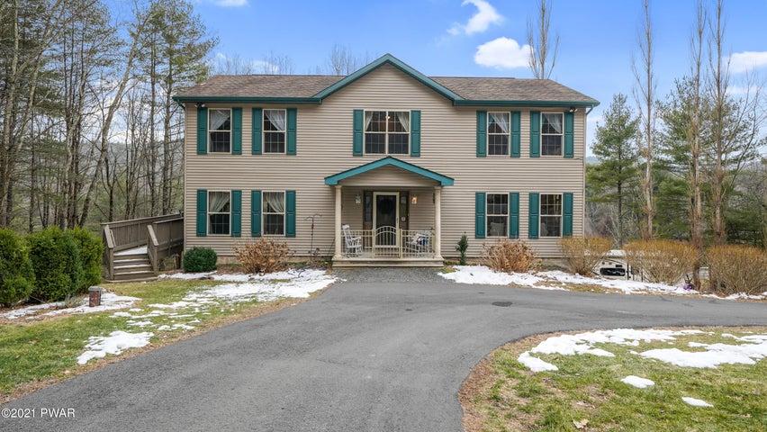 110 Milford Estates Dr, Milford, PA 18337
