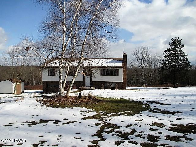 700 Stock Farm Rd, Lake Ariel, PA 18436