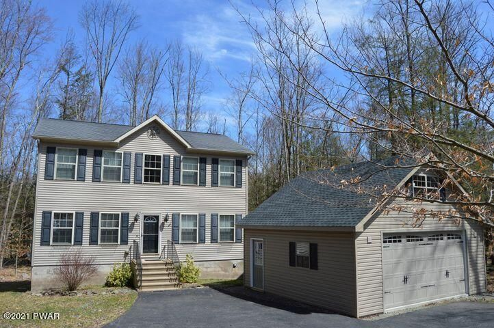 256 Fairway Dr, Lake Ariel, PA 18436