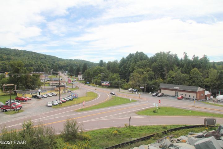 Route 6, Honesdale, PA 18431