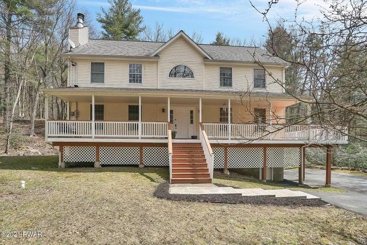 130 Buckeye Ln, Milford, PA 18337