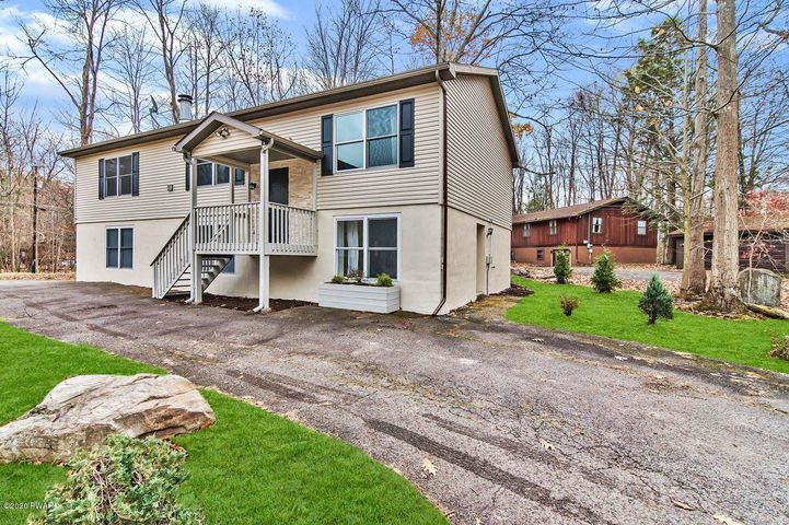 (3911) 122 Fairway Dr, Lake Ariel, PA 18436
