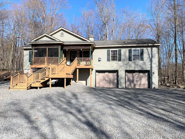 14 Thornwood Ter, Lake Ariel, PA 18436