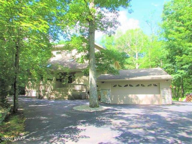 134 Goldrush Dr, Lords Valley, PA 18428