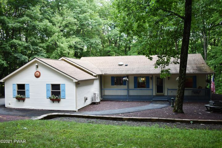 123 Gaskin Drive, Lords Valley, PA 18428