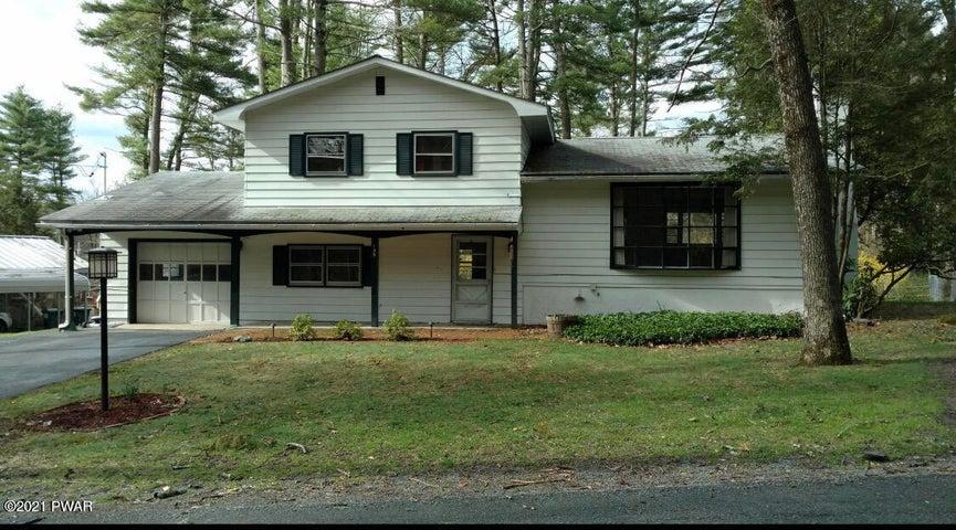 135 Pine Acres Ln, Milford, PA 18337